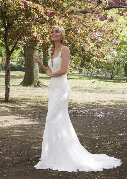 lace wedding gown robert bullock bride