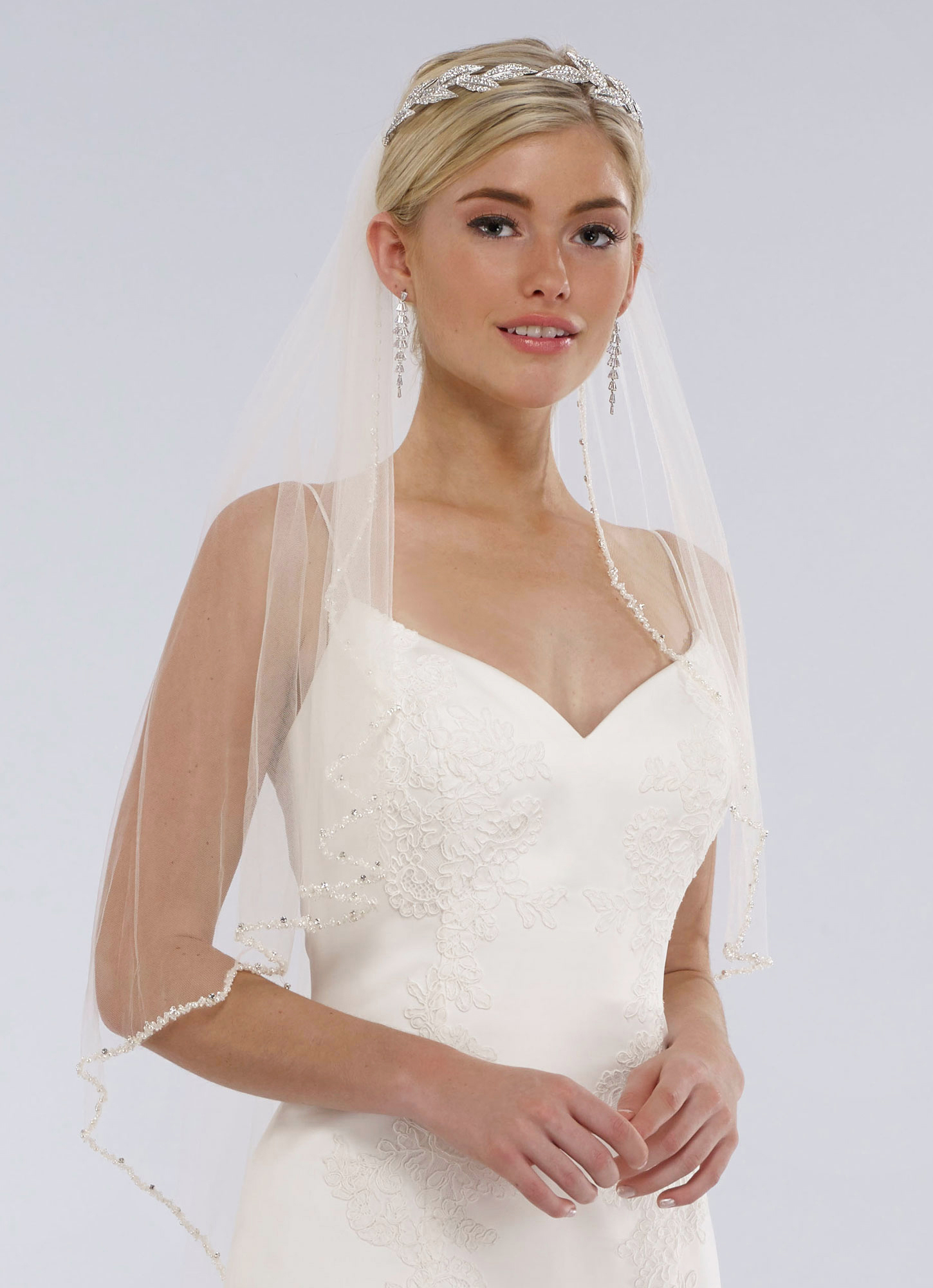 mermaid fitted wedding gown