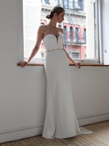 sweetheart strapless mermaid wedding gown
