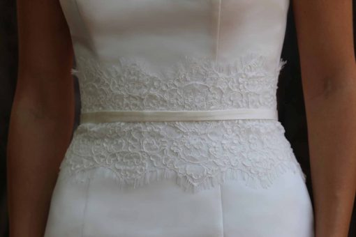 lace belt wedding accessory detail