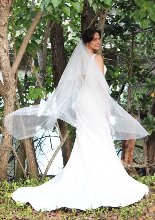 mermaid wedding gown with veil