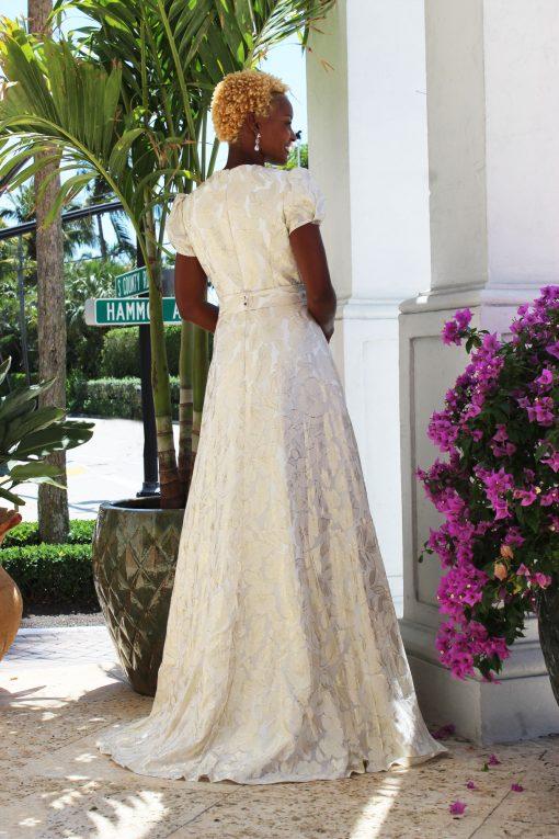 puffy cap sleeve wedding dress pockets